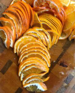 Klementiner kuttet i tynne skiver